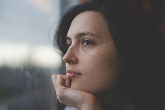 Oração para acalmar a mente e aliviar sofrimento