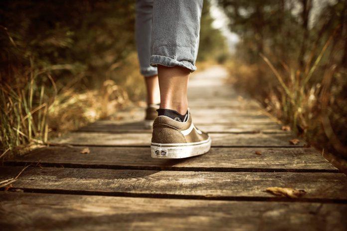 4 dicas para acabar com chulé dos pés e sapatos
