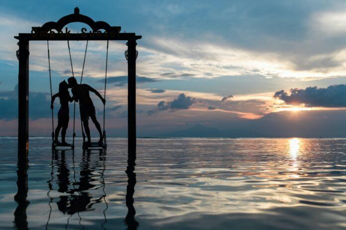 4 Signos do zodíaco que combinam com Câncer no amor
