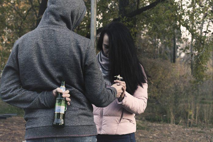 Você merece muito mais do que alguém que só aparece quando quer