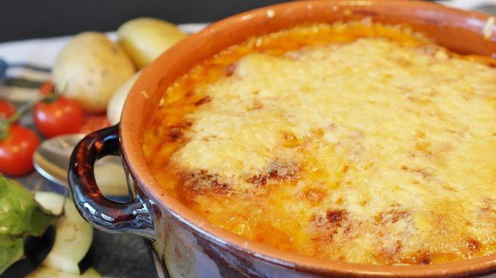 Receita de frango com queijo na frigideira, versátil e super fácil